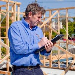 Что представляет собой технический надзор в строительстве?